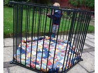 Babydan playpen/room divider with quiled playmat