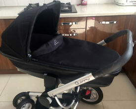 QUINNY DREAMI CARRYCOT IN EXCELLENT CONDITION