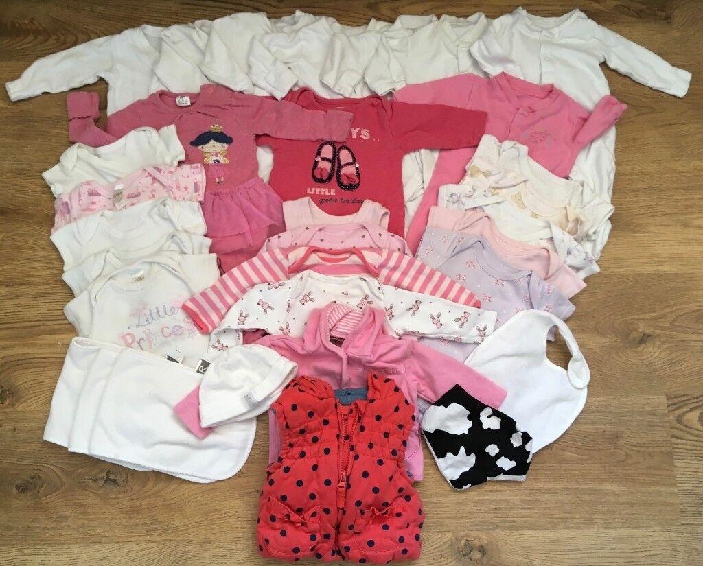 0dd6aeaf73ce Baby Girls 0-3 months baby bundle of clothes x 32 Bodyvest BabyGros ...