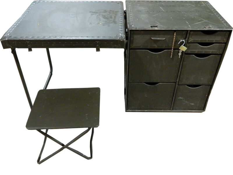 US GI Field Desk - Very Cool Vintage Desk - UNUSED & AUTHENTIC