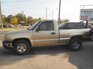 2004 Chevrolet Silverado 1500  Short Box 4X4