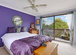 Hornsby three double bedrooms house for renting Hornsby Hornsby Area Preview