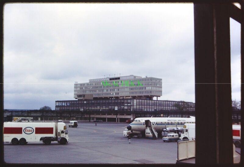 5 Original Slides GATWICK AIRPORT 1969 & ? British United BEA APSA Caledonian