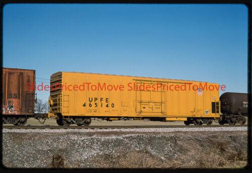 Orig. Slide - Union Pacific Reefer UPFE 465140, Shenandoah Jct, WV - 1995