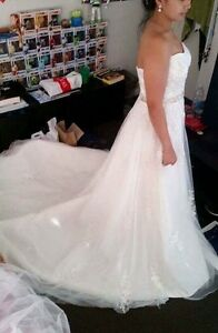 Size 10-12 Wedding Dress $600 ono Rooty Hill Blacktown Area Preview