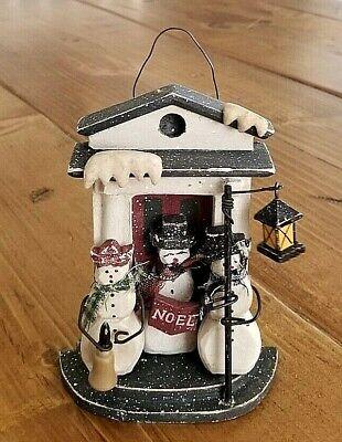 Wood Door Front Caroling Singing Snowmen NOEL Bell Lamppost Christmas Ornament