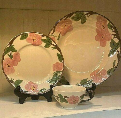 "NIB (4) Franciscan Desert Rose China Dinner 11"" Plates"