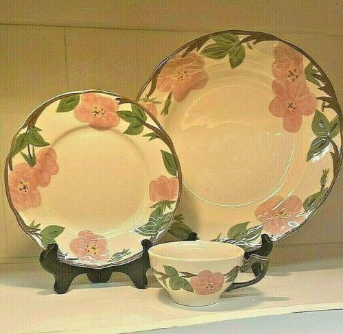 """NIB (4) Franciscan Desert Rose China Salad 8"""" Plates"""