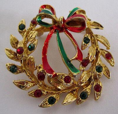 Gold Tone Christmas Rhinestone Bow Wreath Holidays Vintage Jewelry Pin Brooch