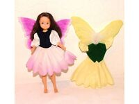 """FLOWER FAIRY DOLL """"HELIOTROPE"""" PLUS EXTRA DRESS AND WINGS (HORNBY) VINTAGE."""