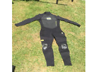 Wetsuit wet suit 3/2 and gloves