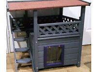 NEW outdoor waterproof kennel cats/kittens/small dogs enclosed sleeping den/covered decking area