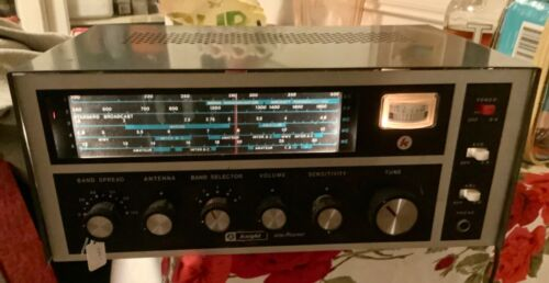 Vintage Knight Star Roamer 5 Band LW-AM-SW Tube Receiver