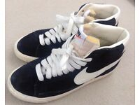 WOMEN'S NIKE 'BLAZER VINTAGE HIGH TOP BASKETBALL TRAINERS