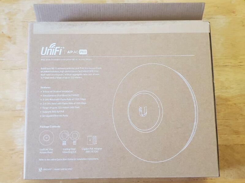 Ubiquiti Networks UniFi UAP-PRO Wireless Access Point