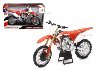 New Ray 1:12 Motorcycles 2017 Honda CRF450R (Red) 57873