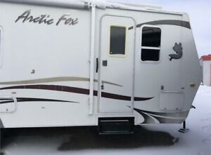 2010 arctic fox 4 seasons trailer