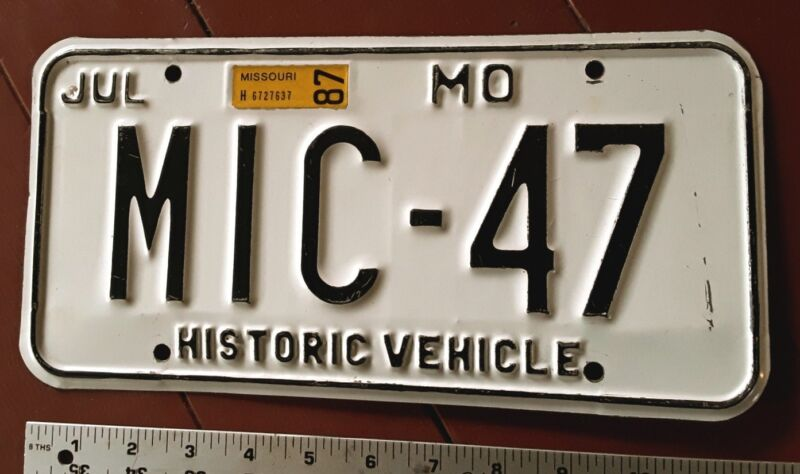 MISSOURI - 1987 HISTORIC MOTOR VEHICLE license plate, non reflective white.