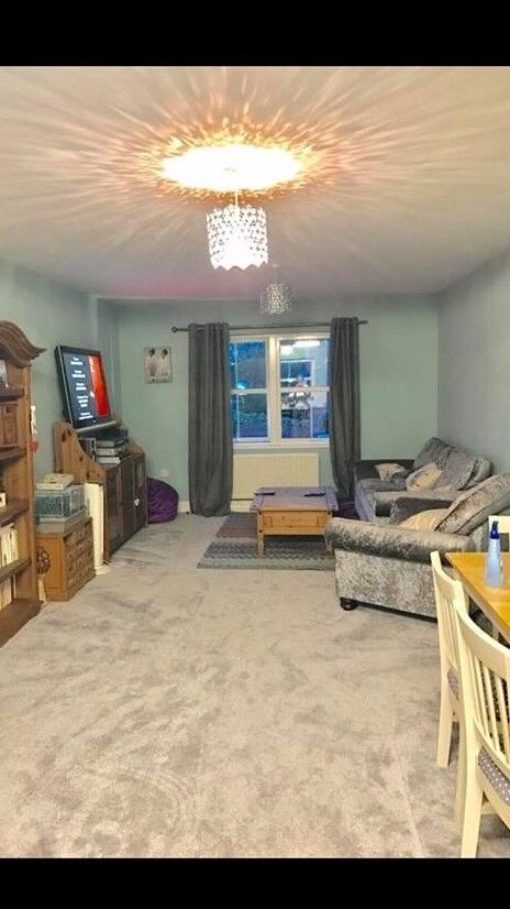 Large 2 bed First Floor Flat in BALHAM......wanting 2 or 3 bed SW London