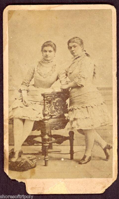 19th C. TWIN PROSTITUTE S ORIGINAL PHOTO /CDV ~ VICTORIAN BROTHEL ~RARE PORTRAIT