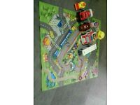 Small mat and set of toy cars