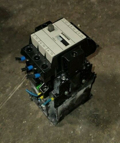 Siemens Model #: 3TB44 17-0B Size 1 Electrical Contactor