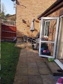 URGENT! BEAUTIFUL 2 BED ADAPTED BANGALOW IN NN3,NORTHAMPTON FOR 4 BED
