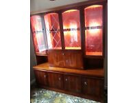 Dining area Dresser Unit in solid dark wood and veneer – Very Good Condition