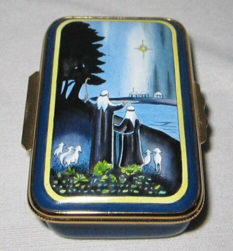 Halcyon Days Enamels ~ 1992 Merry Christmas Pill Box ~ Deen Day Smith Edition