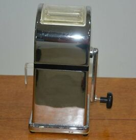 Vintage Ice Crusher for Cocktails & Smoothies
