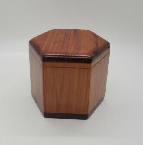 Vtg Maine State Correctional Facility Prisoner Made Cedar Wood Trinket Box Hexag