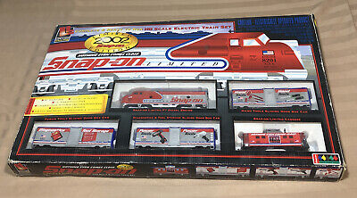"""Snap On HO Scale Train Set 2002 Limited Edition 36"""" Track By Life-Like Trains"""