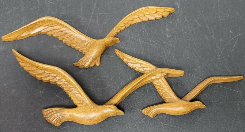 Vintage 1981 HOMCO Syroco Plastic Seagulls Faux Wood Wall Art Flying Birds 7619