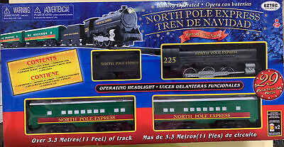 29 Piece North Pole Express Christmas Train Set Battery Operated. 11 Feet Track