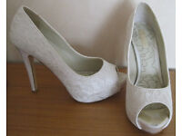 Ladies shoes and boots, hardly worn, size 7.