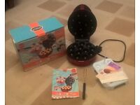 American Cake Pop Maker in red with popsticks, fork and recipe booklet ALL BOXED
