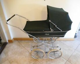 Bottle Green Royale Pram