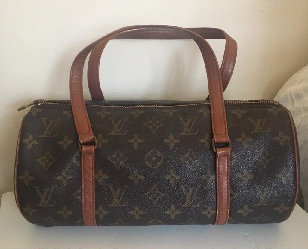 3cd48f42b7ba Genuine Louis Vuitton Monogram 1980 s Vintage Papillon Small Bag ...