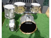 LOVELY MAPEX COMPACT DRUM KIT.(SHELL PACK ONLY)