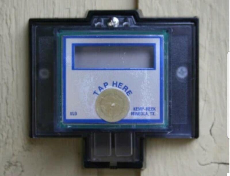 VisuLink Water Meter Remote Register, LCD display for wired Encoder Output Meter