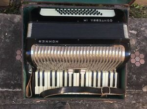 Hohner Contessa IM Piano Accordion + Strap and Case Summer Hill Ashfield Area Preview