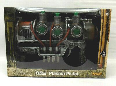 2019 Spirit Halloween Bethesda Fallout Plasma Pistol NEW IN BOX