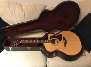 Takamine Jumbo Acoustic guitar with hard case