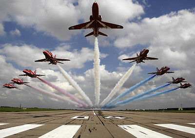 Aircraft Poster Print - Red Arrows *DISCOUNTED OFFERS*   A3 / A4