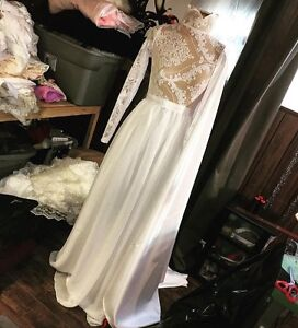 Gorgeous White Lace Chiffon Gown