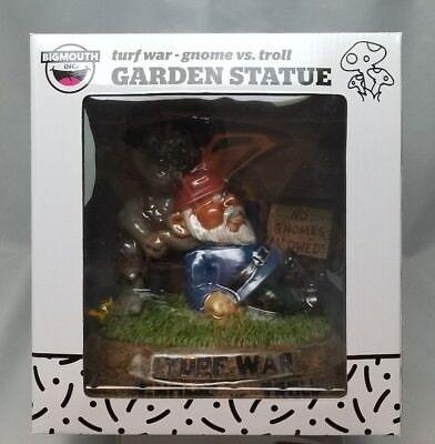 BigMouth Inc.TURF WAR GNOME VS TROLL-FACTORY SEALED NEW -  Garden Statue  (War Garden Statue)