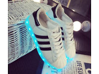 Fashion Unisex Men Women USB Luminous LED Lights Colour Changing Flashing Sneakers Shoes