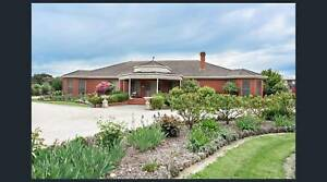 Large House on 2 acres Ballarat