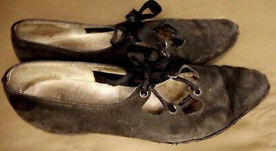 Boho Chic Fashion Vintage Rare Salvatore Ferragamo Black Shoe Women size 9 2A