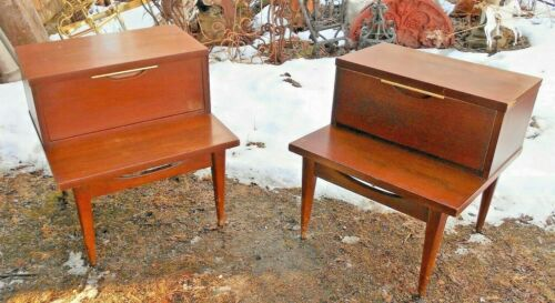 """VINTAGE PAIR OF KENT COFFEY """"THE TABLEAU"""" END TABLE NIGHT STANDS"""